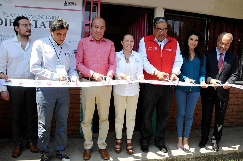 La directora general del Sistema DIF Michoacán, Rocío Beamonte Romero reconoció el trabajo conjunto de manera transversal que se ha realizado con dependencias de los gobiernos municipal, estatal y federal