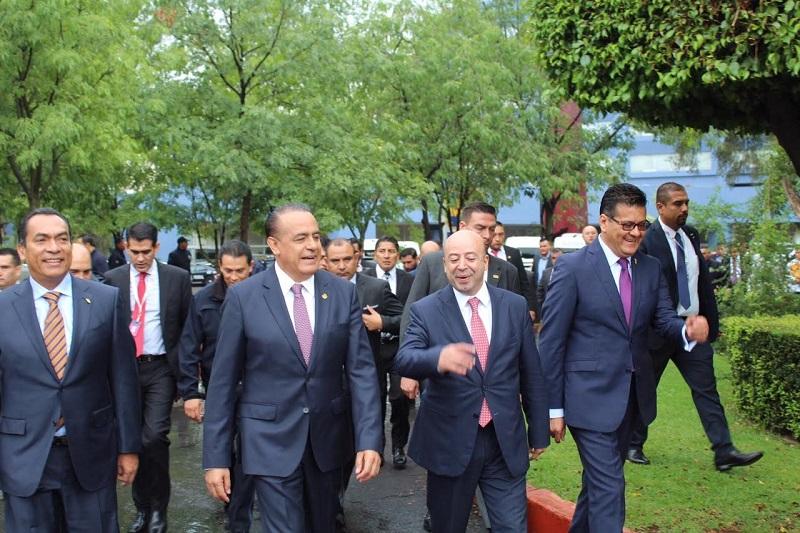 Sigala Páez, subrayó la importancia de conocer los resultados y esfuerzos que se realizan en materia de seguridad con el objetivo de acompañarlos, y de construir los acuerdos necesarios para lograr cambios sustanciales en Michoacán y el país