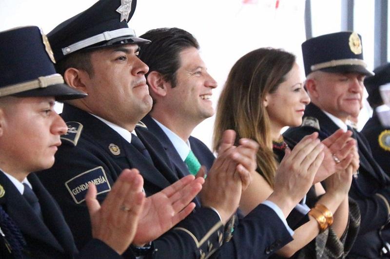 """Lo anterior, lo reconoció el Presidente Municipal, Alfonso Martínez Alcázar, durante la Inauguración de la Segunda Biblioteca Itinerante """"Vasco de Quiroga"""" de esta instancia federal de seguridad"""