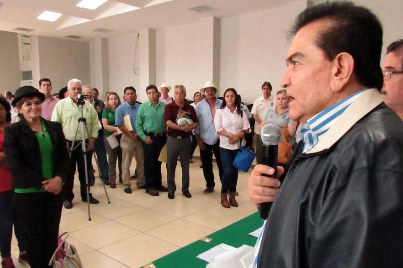 Fueron 770 los funcionarios michoacanos galardonados por cumplir 18, 25, 30, 35 y 40 años de servicio. Los incentivos entregados constaron de una moneda conmemorativa, un reconocimiento y un estímulo económico