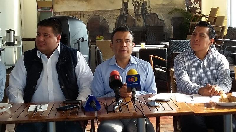 Calderón Torreblanca indicó que su grupo, el Frente Amplio Progresista (FAP), llevará a cabo reuniones con diferentes sectores de la sociedad y liderazgos para promover la necesidad de que Silvano Aureoles sea depuesto