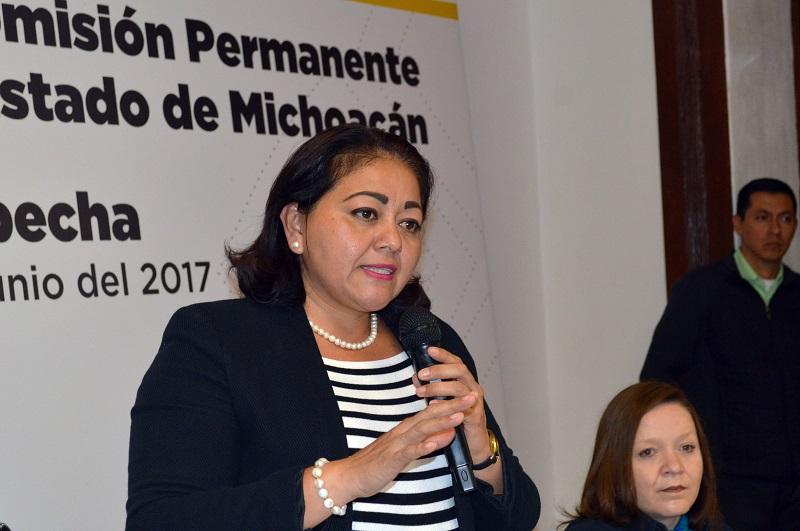 Estrada Esquivel sostuvo que la lucha contra la corrupción es fundamental para consolidar la confianza de la sociedad en las instituciones y lograr el propósito del Ejecutivo de consolidar el fortalecimiento institucional