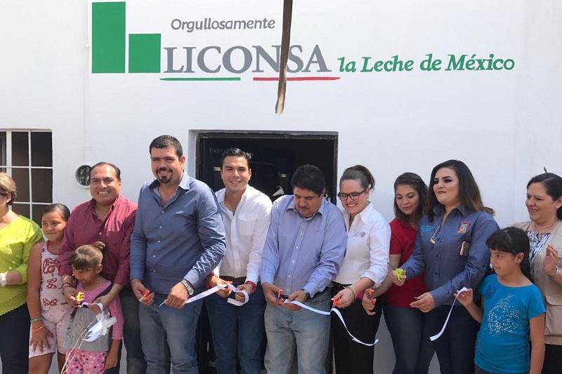 Esta es la primer lechería que se apertura en este año 2017, lo cual demuestra el compromiso para con los michoacanos, comentó Flores Luna