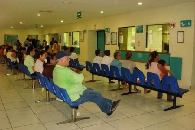 Hubo una reducción a sólo 40 personas que esperan el turno donde además, se desocupan antes de las 12:00 horas en el turno matutino y antes de las 18:00 horas en el turno vespertino