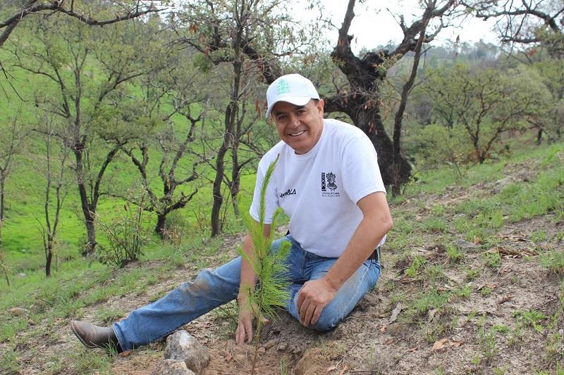 """Pascual Sigala hizo un llamado a cuidar el medio ambiente,  dejando claro que """"quien no tiene tierra fértil, no tendrá tampoco la posibilidad de desarrollarse"""""""