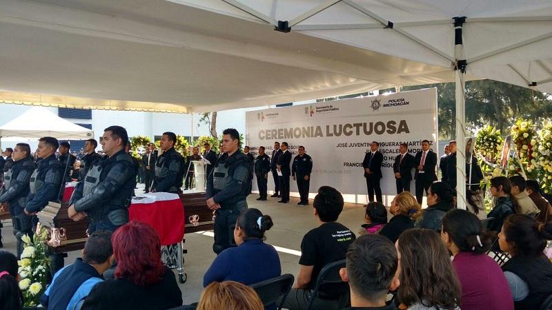 En esta ceremonia también participaron el titular de la SSP, Juan Bernardo Corona, así como el subsecretario de Seguridad Pública, Carlos Gómez Arrieta, entre otras autoridades