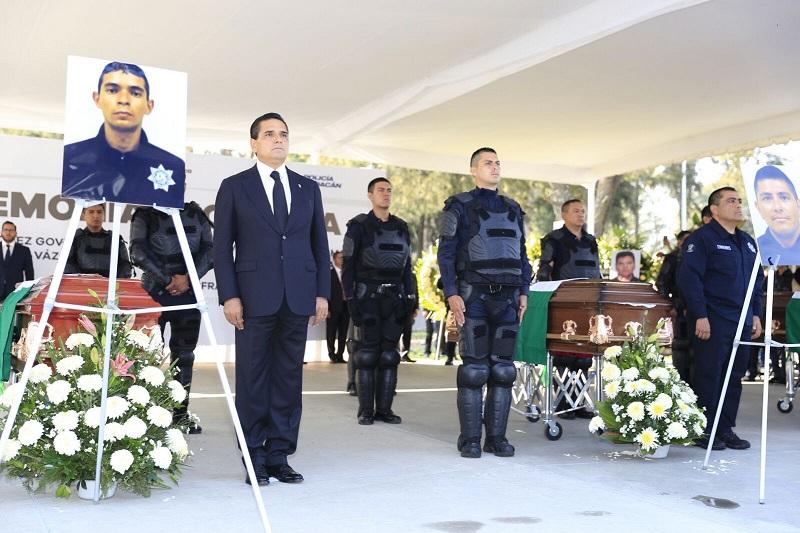 Michoacán tendrá la mejor policía del país, reitera el mandatario estatal