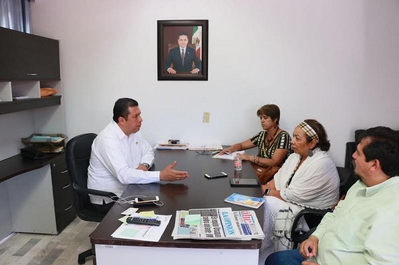 """""""En el Telebachillerato hemos logrado captar a más población en edad de estudiar el bachillerato, jóvenes que tienen proyecciones para continuar una profesión"""", expresó Barragán Vélez"""