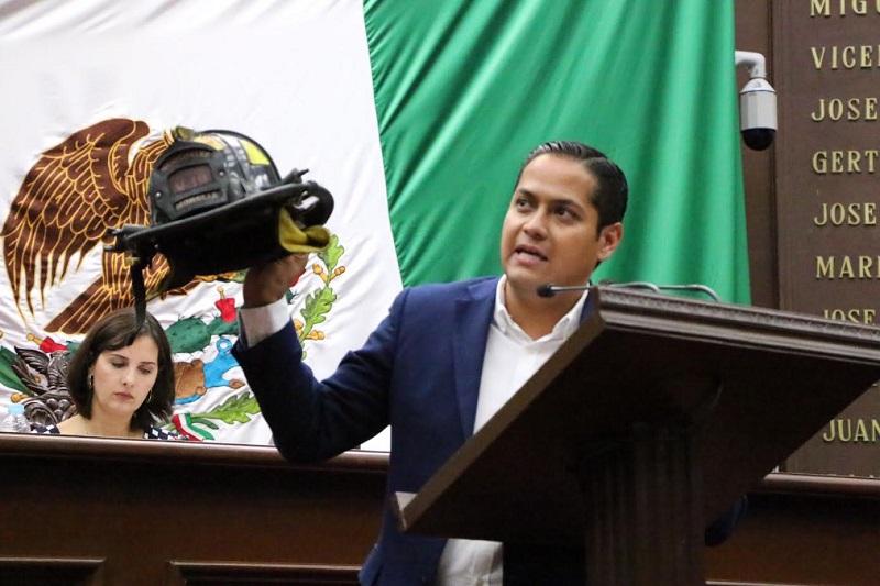 Moncada Sánchez lamentó que la situación real de las corporaciones encargadas de llevar a cabo las acciones de protección civil en el Estado y sus municipios no sean las mejores, ni tampoco las adecuadas