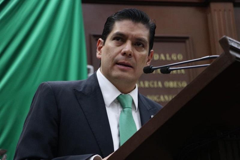 Núñez Aguilar plantea que la imagen de las administraciones debe ser algo que proyecte la identidad y unidad de los michoacanos y no un tema de promoción de personas o partidos políticos