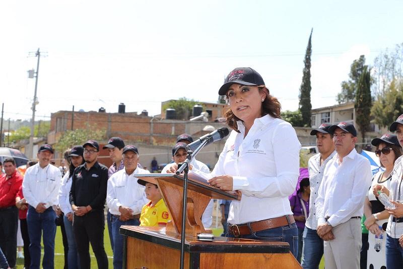 López Bautista felicitó que esta obra sea resultado de las gestiones de la presidenta municipal María del Refugio Silva Durán, y la cooperación de diversas instancias y legisladores