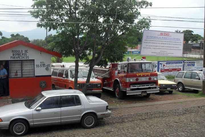 Esto agrava aún más la situación de los bomberos municipales, quienes en los últimos meses se habían venido quejando por la falta de equipo y apoyos, así como por los bajos salarios