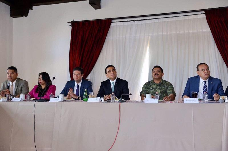 Martínez Alcázar refrendó su compromiso de coadyuvar en este proyecto, para mejorar de manera sustancial las condiciones de seguridad en la Capital Michoacana y ofrecer así, a la población una mejor calidad de vida