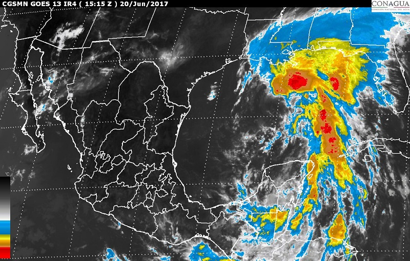 Un amplio canal de baja presión ubicado en el occidente del territorio nacional ocasionará tormentas fuertes en áreas de Michoacán
