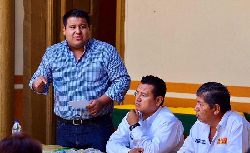 """""""Hoy son tiempos de definición compañeros y muy claramente decimos que sabemos cuál es el rumbo que debe de tomar este país y que quiere la gran mayoría de los mexicanos"""", dijo Puebla Arévalo"""