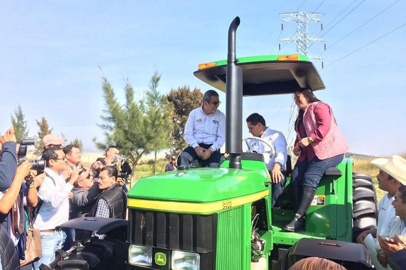 Con una inversión cercana a los 29 mdp, también arrancará el programa de Agricultura Protegida, que beneficiará a más de 700 familias del campo michoacano, anuncia el secretario Francisco Huergo