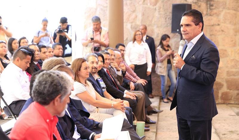 Destaca de la Madrid Cordero el enorme potencial turístico, cultural y gastronómico de Michoacán