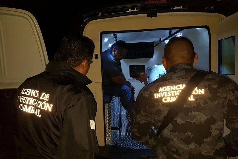 Ignacio Andrade Rentería salió de las instalaciones de la PGR en Morelia para continuar su proceso en el norte del país
