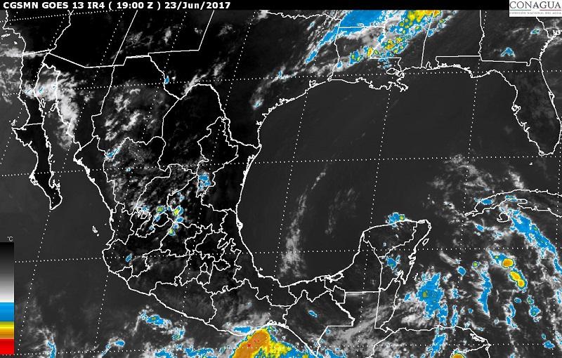 Asimismo, se pronostican lluvias con intervalos de chubascos en Colima, Chihuahua, Durango, Jalisco y Estado de México, y lluvias dispersas en Sonora, Nayarit, Ciudad de México, Morelos y Tlaxcala