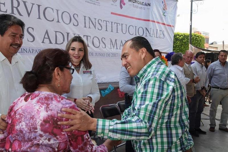 Por su parte el INEA ofrece el programa de Saberes Adquiridos, mediante el cual los adultos mayores además de certificar primaria y secundaria dan cuenta de las historias de vida y pasajes historia de México