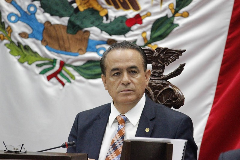 El legislador subrayó que la confluencia de acciones y medidas entre los Poderes del Estado a partir de sus respectivas competencias