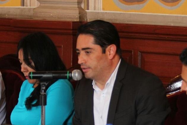 """""""Vamos a estar muy pendientes de que sea un proceso limpio y dando respuesta clara a los parámetros de transparencia que ya todos exigimos"""", expresó Farfán Reyes"""