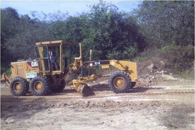 Huergo Maurin manifestó que los trabajos que se han realizado, son gracias a la maquinaria pesada con la que se cuenta en la dirección de Infraestructura Básica Agropecuaria a cargo del ingeniero Isidro Toledo Bárcenas