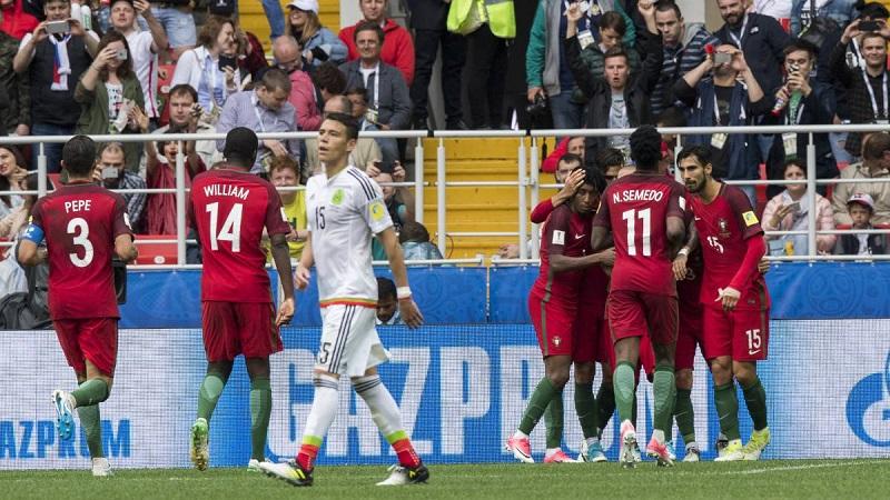 El gol mexicano fue un tanto anotado en su propia portería por el lusitano Neto al minuto 55. Portugal empató al filo del tiempo reglamentario con una red de Pepe al minuto 90. En tiempo extra, al 103, Silva anotó de penalti el 2-1 definitivo.