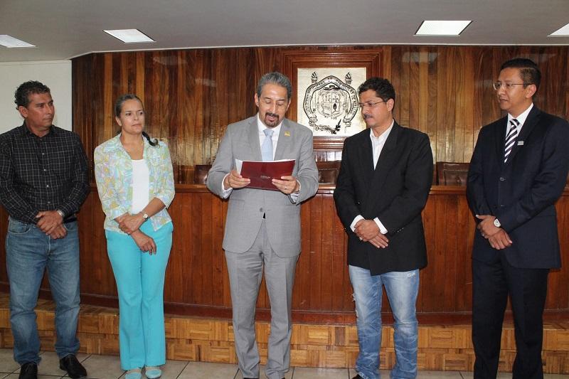 Entrega el rector Medardo Serna González nombramientos a los responsables de esas cuatro dependencias nicolaitas