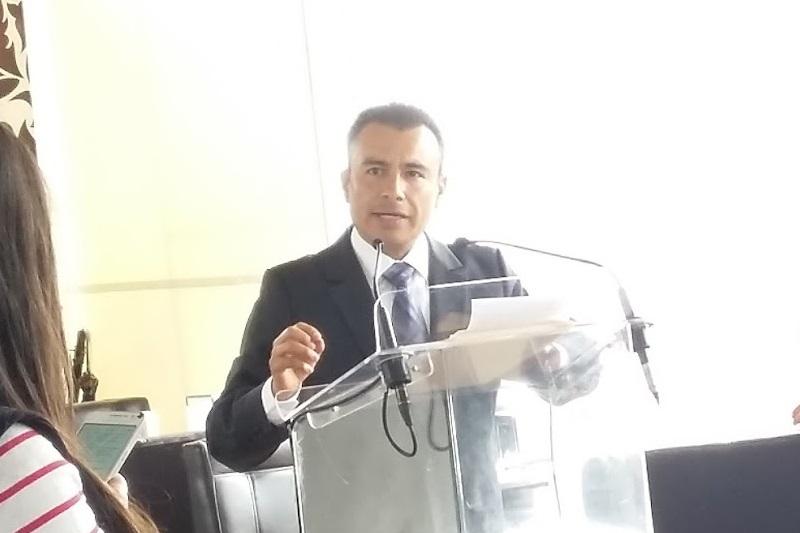 Calderón Torreblanca argumentó que los recursos que se le observaron corresponden a una partida que existe para otorgar apoyos sociales; acusa a algunos medios de comunicación de estar involucrados en los ataques en su contra