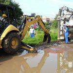 La jornada incluyó también trabajos de desazolve de 400 metros lineales de red sanitaria con equipo hidroneumático, labor que fue intensificada derivado de las lluvias que han caído en recientes días en Morelia