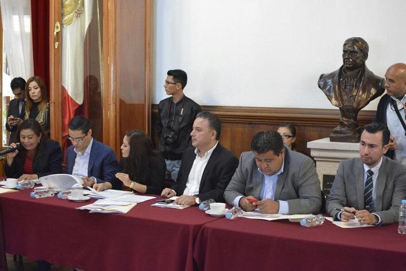 El coordinador de la bancada panista, Quintana Martínez, aseguró que este instrumento legal se convertirá en la oportunidad más realista de que en nuestro estado y en todo el aparato gubernamental, se desarraigan actitudes corruptas