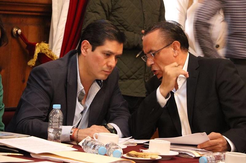La mañana de este lunes, Núñez Aguilar asistió a la reunión de Comisiones en donde se dictaminó el paquete de leyes que faltaba para concluir con lo que es el Sistema Estatal Anticorrupción