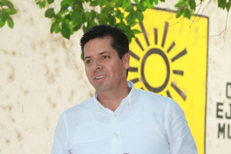"""""""Los perredistas estamos mostrando madurez política, estoy seguro que con acuerdos se logrará evitar desgaste entre los militantes y los cambios en las dirigencias provoquen unidad"""", dijo Antonio García Conejo"""
