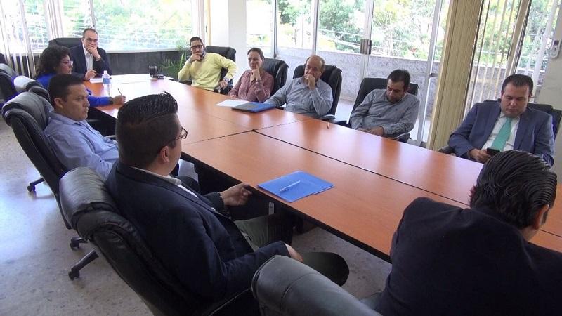 Las bases fueron adquiridas por siete empresas, detalla el director general del CADPE, Guillermo Loaiza
