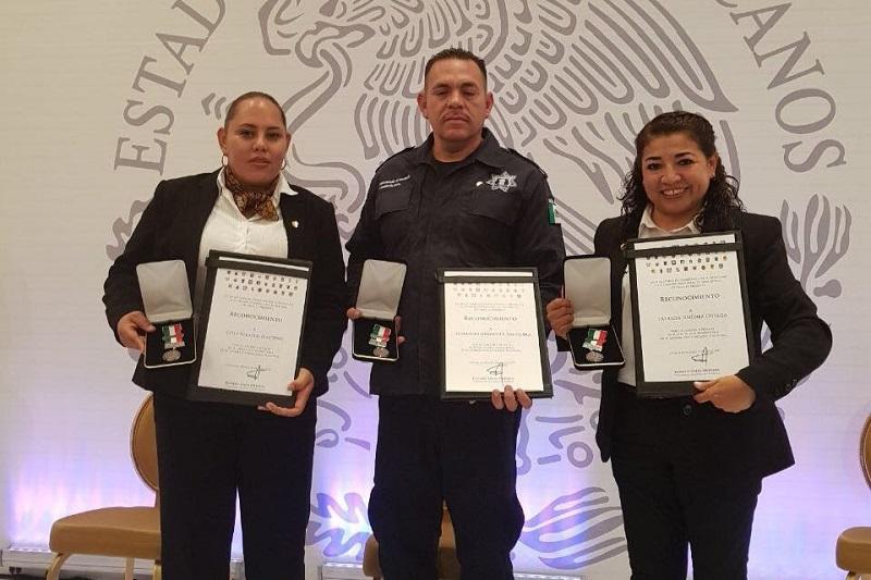 La directora del Centro Penitenciario de Tacámbaro, fue una de las que recibió el reconocimiento