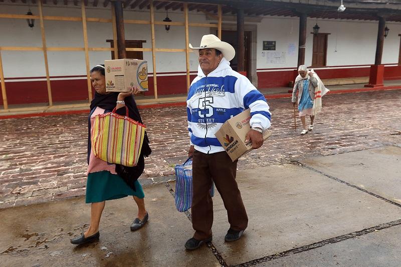 La titular de la Secretaría de Desarrollo Social y Humano recordó que los apoyos alimentarios fueron seleccionados por el aporte nutricional requerido para la salud de los adultos mayores