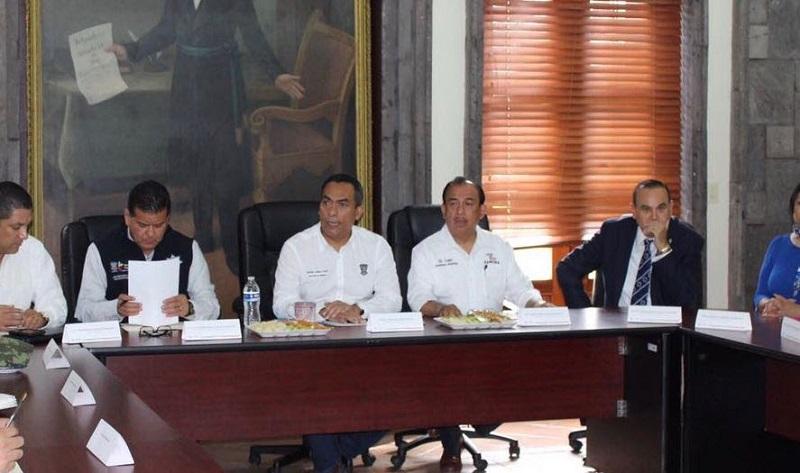 Al encabezar las reuniones de trabajo del Grupo de Coordinación para la Seguridad en las regiones de Zamora y Uruapan, López Solís manifestó que se da seguimiento puntual a la estrategia de seguridad implementada por los tres órdenes de gobierno