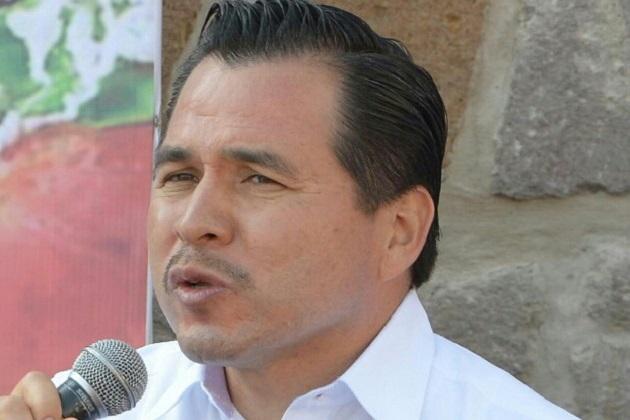 """Gil Vázquez resaltó que los operativos continuarán en el primer cuadro de la ciudad de manera permanente, ya que tanto la autoridad como los oferentes, """"debemos respetar el Bando y el propio Reglamento"""""""