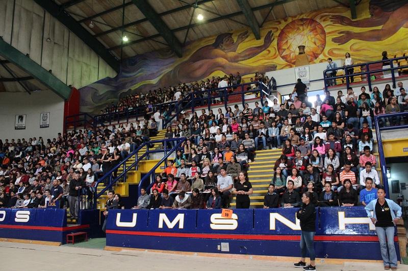 Así lo dio a conocer el rector Medardo Serna, invitando a los jóvenes que aún no han completado su registro, a que lo hagan entre este lunes y el martes, para presentarse al examen de admisión el próximo sábado 5 de agosto