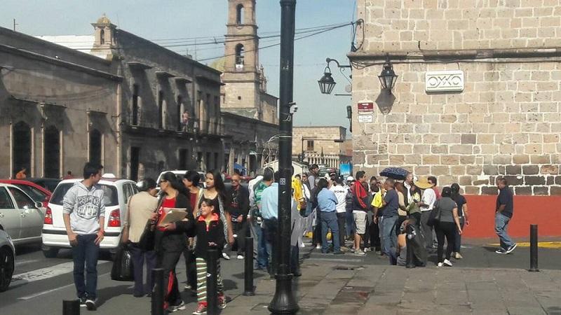 De acuerdo con los manifestantes, el proyecto de peatonalización afecta a sus negocios