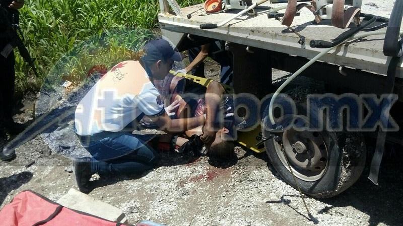 """El hecho se registró minutos antes de las 15:00 horas cuando reportaron a la línea de emergencias una persona lesionada por impactos de arma de fuego en la carretera La Piedad - Yurécuaro a la altura de la estación de servicio """"Paty"""""""