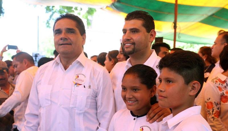 Octavio Ocampo agradeció la presencia de Silvano Aureoles, pues señaló que es la primera ocasión en la que un gobernador acude a un Informe de Gobierno a este municipio
