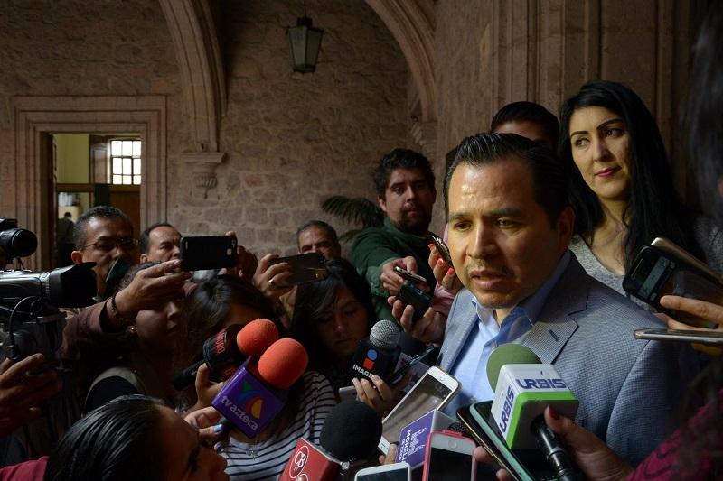 De acuerdo con Gil Vázquez, los argumentos que presentó el Diputado, Daniel Moncada, contra este proyecto, son alternativas que ya consideró el Gobierno Municipal desde hace meses y que son inviables