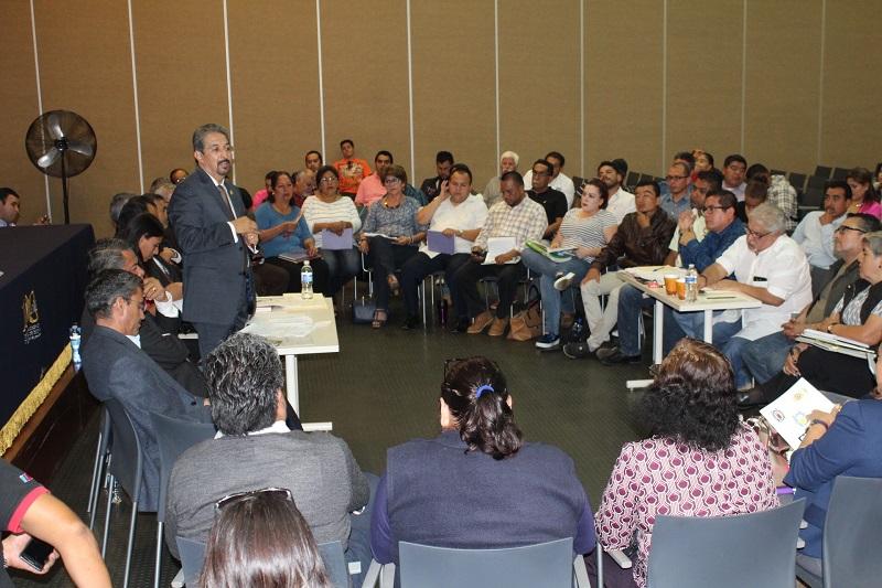 Se acordó sostener una reunión entre los integrantes de la Comisión Mixta de Escalafón, para finiquitar trámites de dictámenes pendientes
