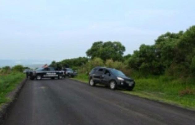Los detenidos, armas y vehículo fueron puestos a disposición de la autoridad competente