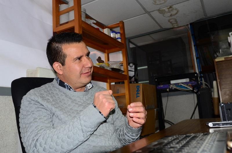 """En esta ocasión, la Universidad Tecnológica de Morelia le entrega presea """"Lombardo Toledano"""" por su quehacer en el campo de la innovación y la ciencia"""