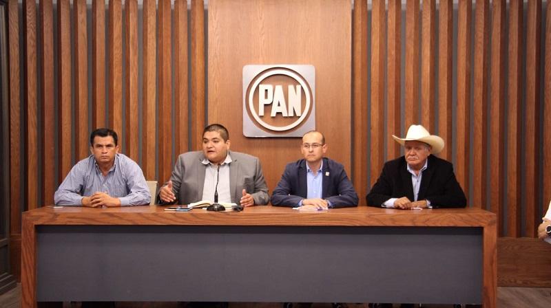 El coordinador de Alcaldes del PAN, Arturo Hernández, reiteró que una muestra de la capacidad de este órgano político para gobernar en Michoacán, han sido las inversiones generadas durante estos últimos 12 meses, las cuales han superado lo invertido por otras administraciones en 3
