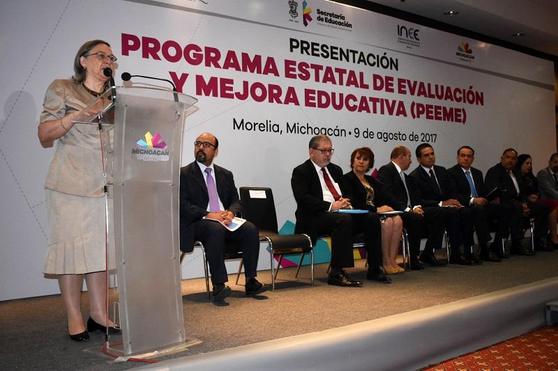 Importante que se realicen tareas de formación y capacitación docente: Silvano Aureoles