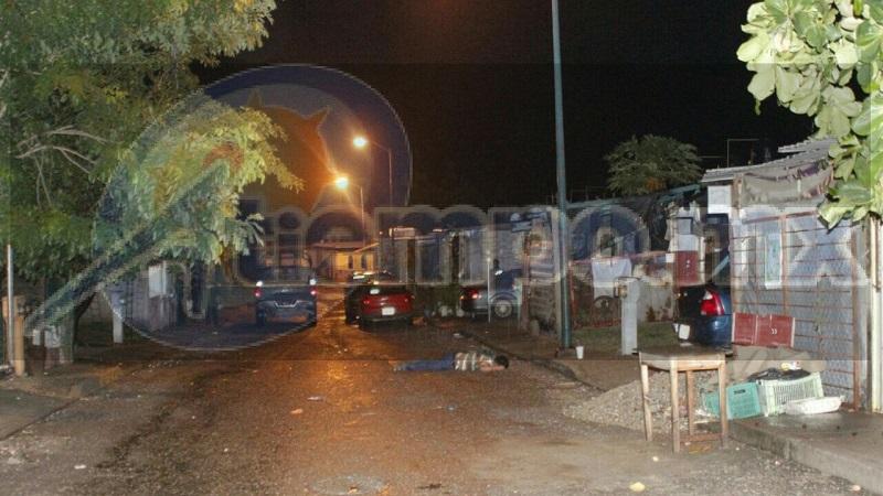 Personal de la Policía Militar arribó al lugar del incidente donde acordonó el área solicitando la presencia de personal de la Fiscalía Regional para el traslado del cuerpo al Servicio Médico Forense